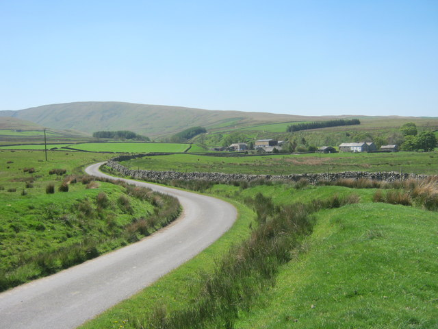 Road to Bowderdale