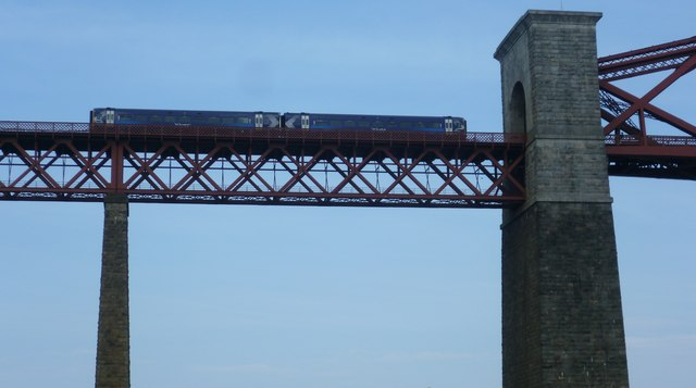 Train on the Forth Bridge