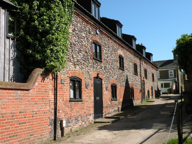 The Salthouse, Croft Yard