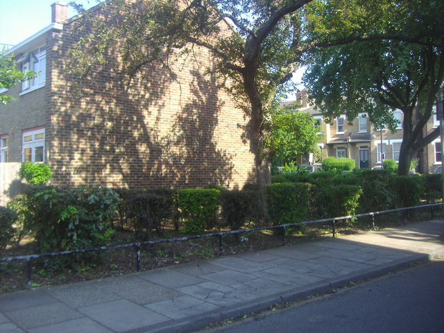Elmworth Grove looking towards Park Hall Road, West Dulwich