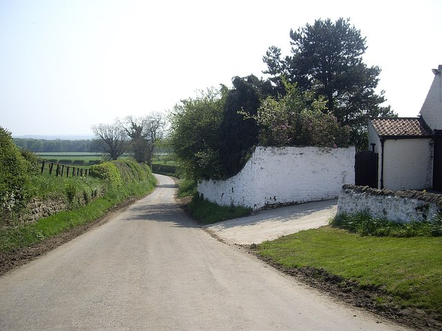 Road south out of Morton-Tinmouth