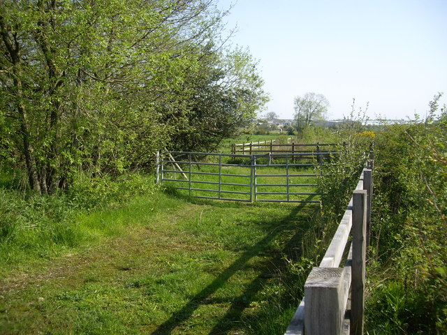 Field boundaries and gates