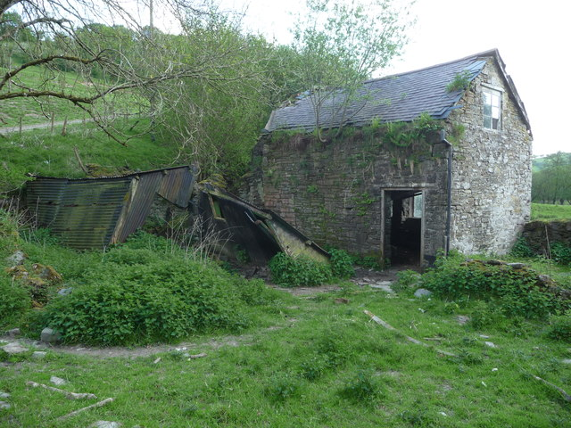 Derelict cottage at Walkmill