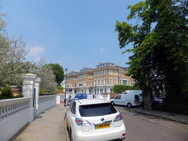 Looking toward Bolton Place, Chelsea