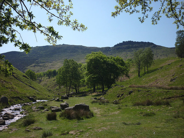 The valley of Chew Brook and Wimberry Rocks