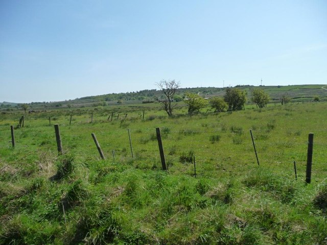 Farmland east of Greenhills Farm