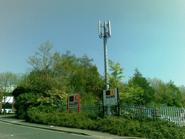 Communication Mast, Lees Road