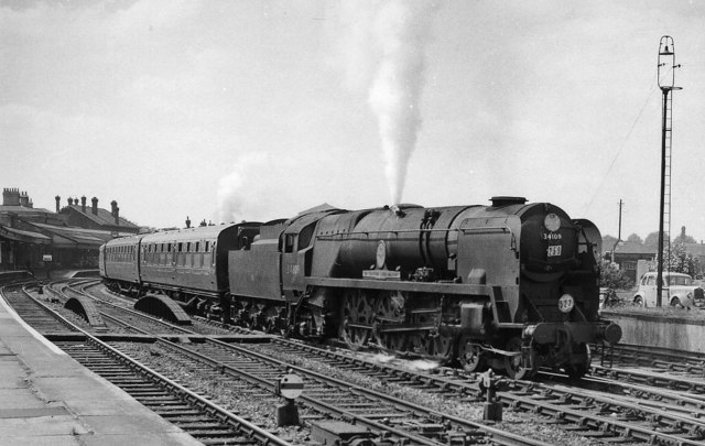 An 'Atlantic Coast Express' from Padstow to Waterloo leaving Salisbury