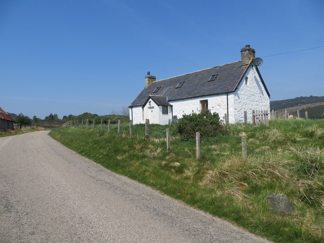 Roadside cottage at Rhelonie