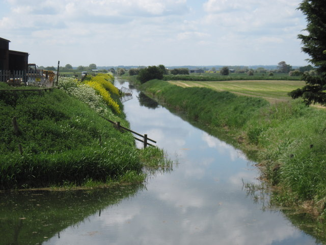 Beverley  and  Barmston  Drain  from  Wilfholme  Bridge