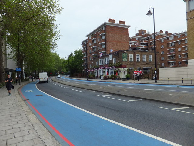 Grosvenor Road and The Grosvenor Public House