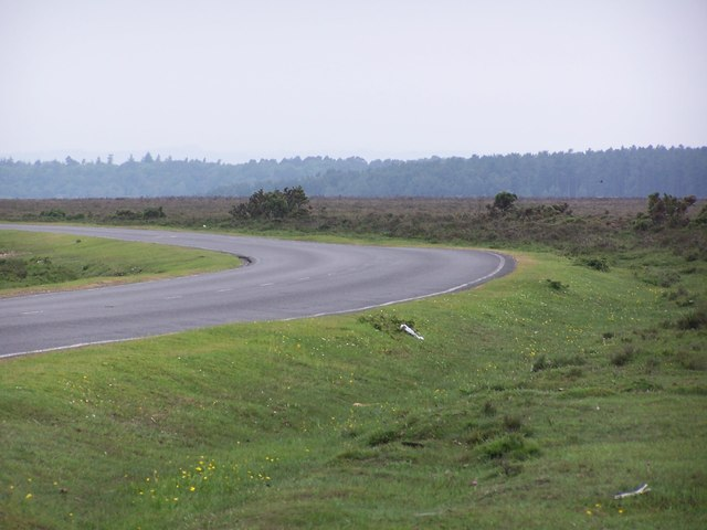 Bend in B3078 near Deadman Hill