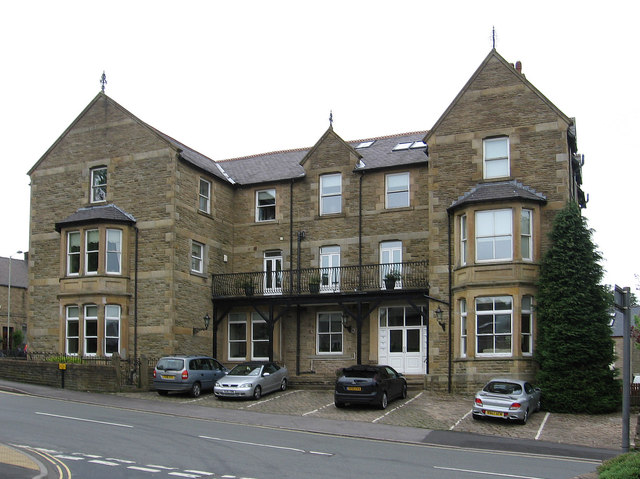 Chinley - former hotel on Green Lane