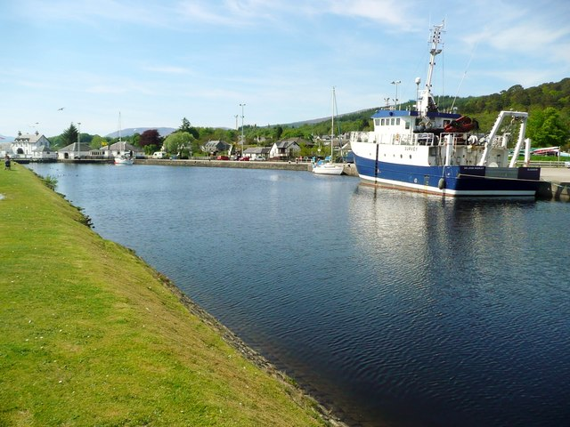 The 'Sir John Murray' in Corpach basin