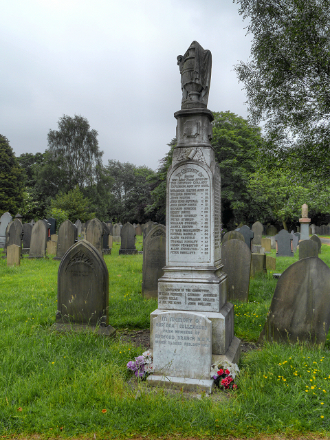 Bedford Colliery Disaster Memorial, Leigh Cemetery
