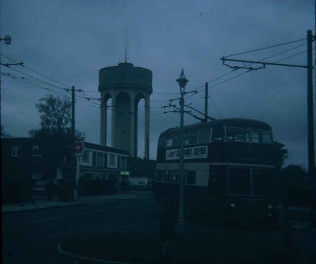 A Reading Trolleybus at Tilehurst terminus (2)