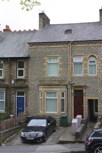 #27 Devonshire Street West