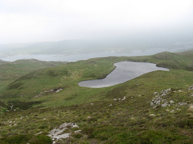 Unnamed lochan on north side of Beinn Bhreac