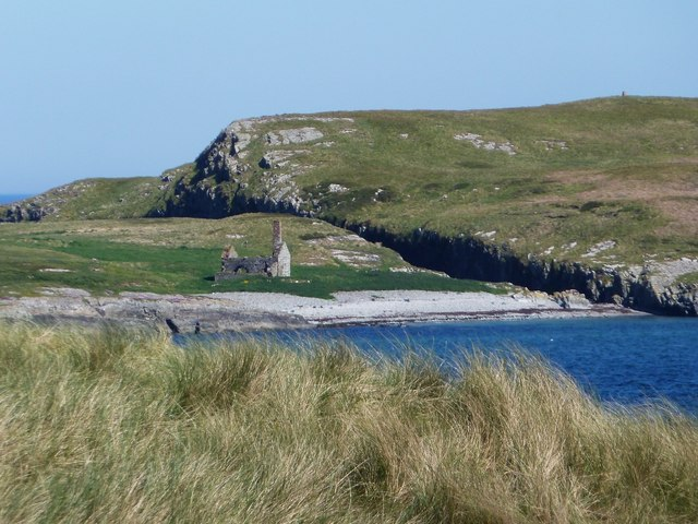 Ruined chapel on Nave Island