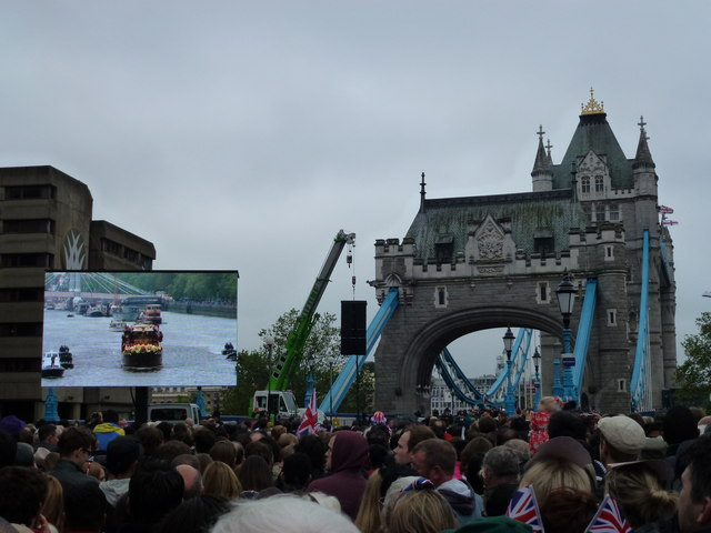 Giant TV screen near Tower Bridge
