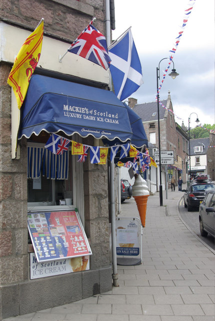 Mackie's of Scotland Luxury Dairy Ice Cream
