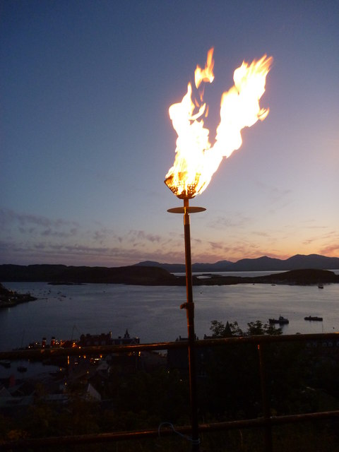 Diamond Jubilee Beacon at McCaig's Tower, Oban - 4th June 2012 : I Can See For Miles