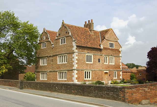 Old Hall, Knedlington