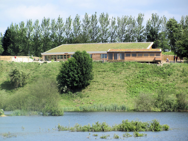 Visitor Centre and Hide, College Lake, near Tring (June 2010)