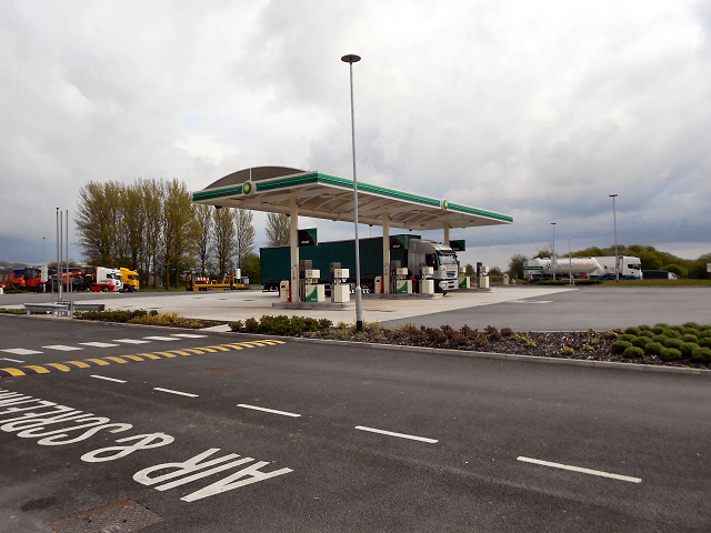 M61, Rivington (Bolton West) Services