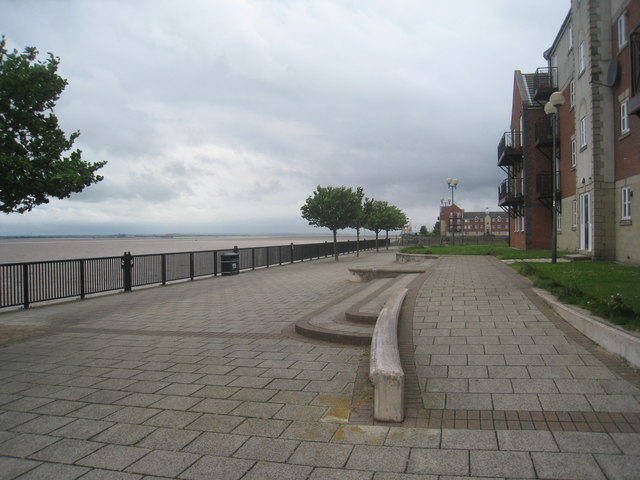 Riverside walk, Victoria Dock Village