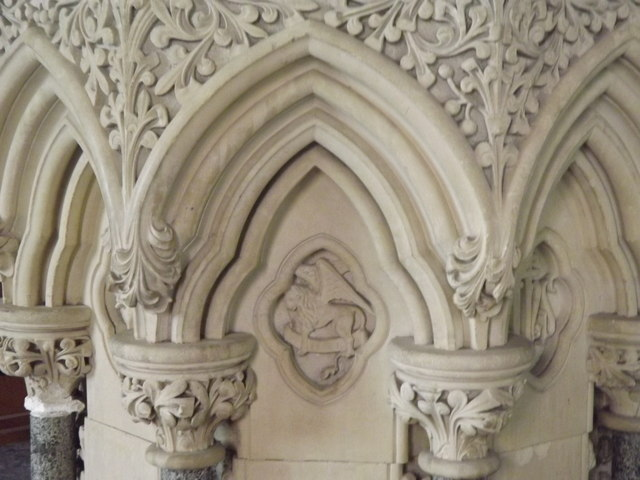 Font Detail, West Meon