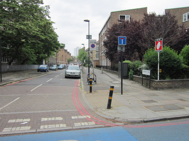 Kennings Way, Kennington