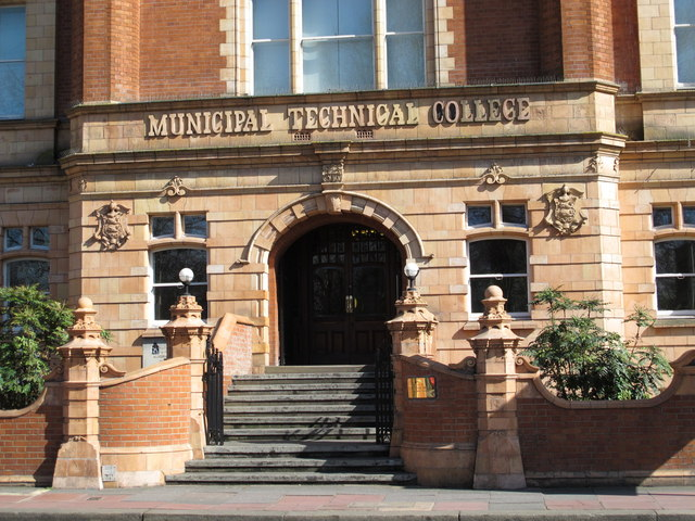 The (former) Brighton Technical College, Lewes Road, BN1 - entrance