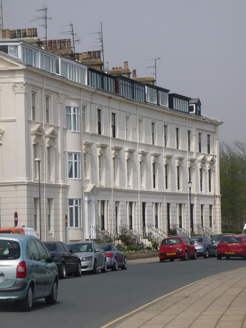 Filey: elegance in The Crescent