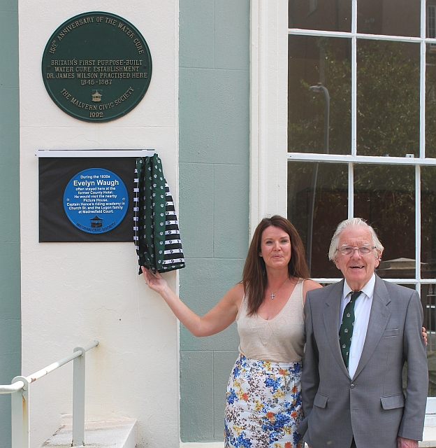 Unveiling the Waugh plaque at Park View