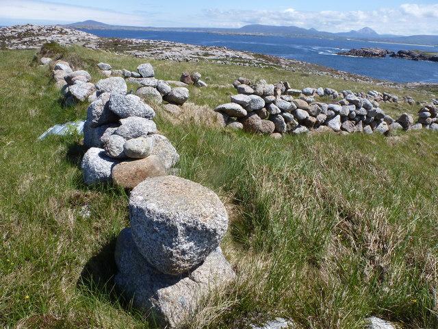 Granite boulder walls on Owey