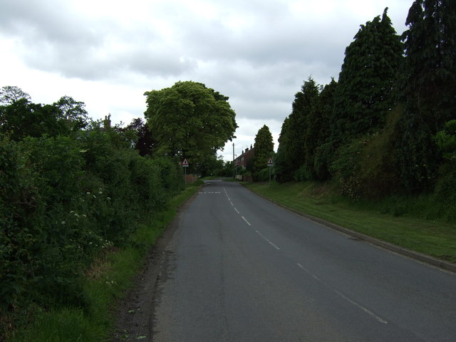 Cow Lane into Upton