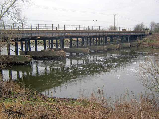 Railway bridge over the Trent
