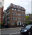 TQ2677 : Mulberry Close, Beaufort Street, Chelsea by PAUL FARMER
