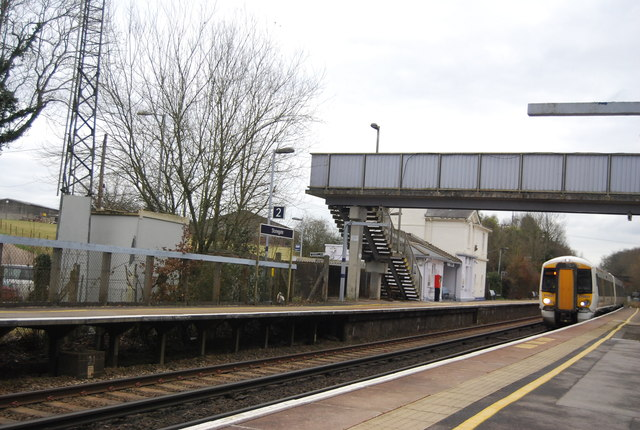 Train arriving at Stonegate Station