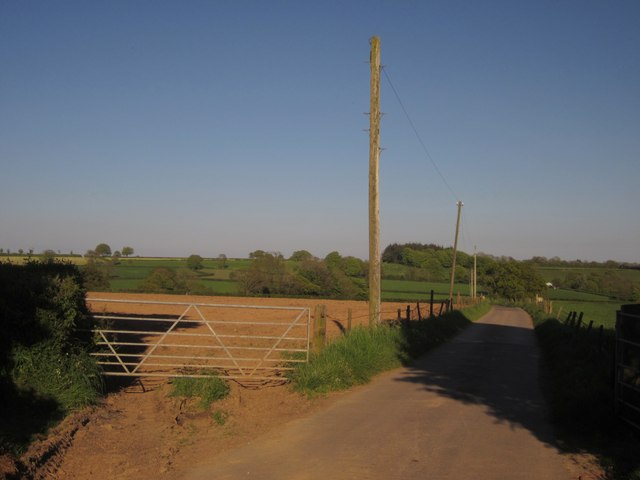 Lane to Hugginshayes Farm
