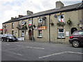 SJ9798 : The Reindeer public house on Huddersfield Road by Ian S
