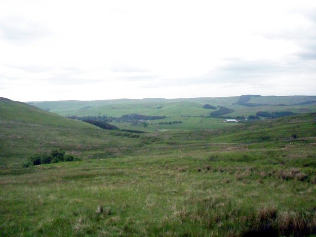 Looking south-west  from the lower slopes of Reedy Law