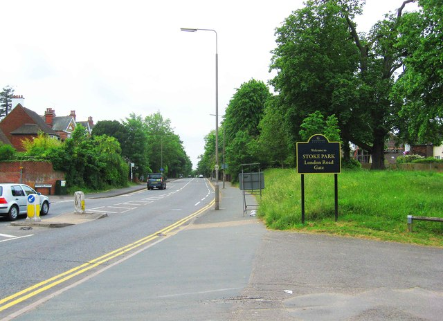 London Road and London Road Gate entrance to Stoke Park, Guildford