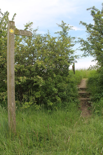Footpath Entrance off Bluestone Heath Road