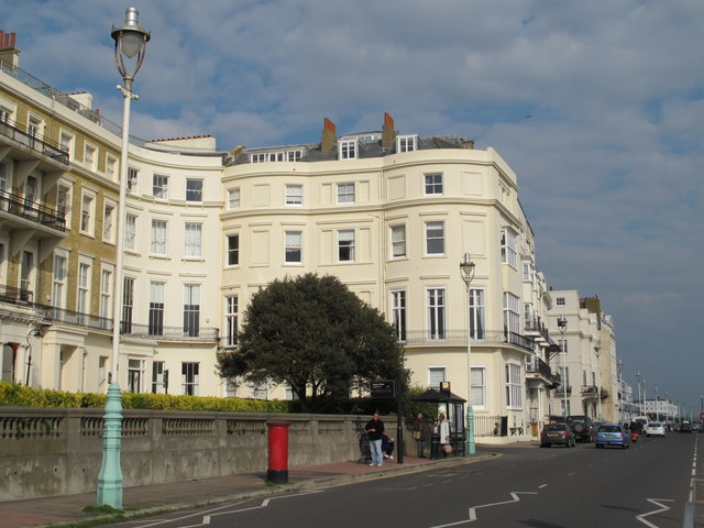 Marine Parade / Eastern Terrace. BN2