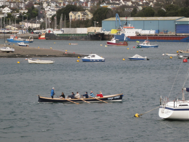Ladies team training in 'Teign Spirit', Teignmouth harbour