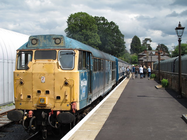 Ongar to North Weald train