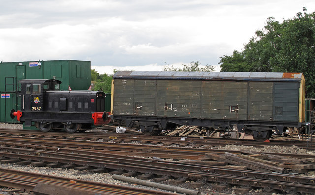 Diesel Shunter With Wagon 169 Roger Jones Geograph