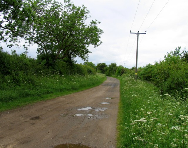 Barrowdon Road towards Barrowden